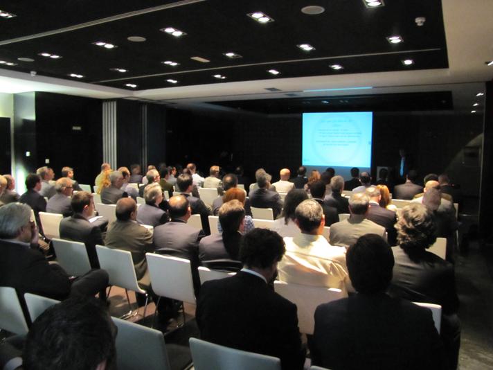 Los proveedores de Cobber asistieron a la presentación del proyecto de la compañía