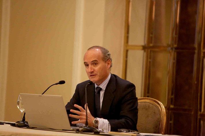 Julián Núñez, presidente de Seopan, durante la conferencia de prensa