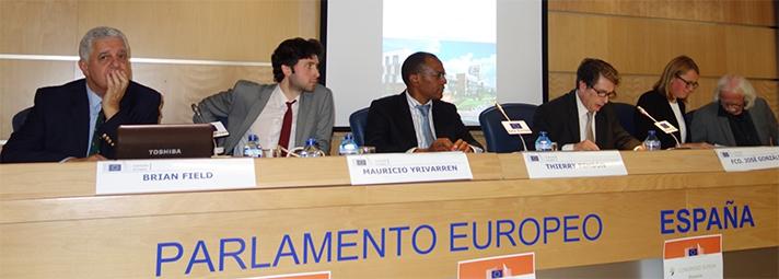 Expertos de España y Europa hablaron de reequipamiento de barrios y protecciones pasivas