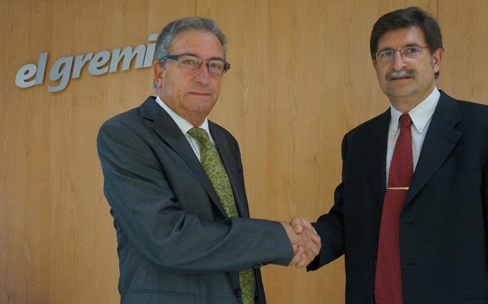 A la izquierda, el ex presidente Pere Miquel Guiu; a la derecha, el nuevo presidente Joan Fornés