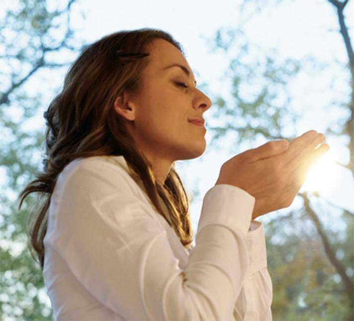 En las viviendas, un sistema de ventilación proporciona aire fresco favoreciendo el bienestar y la salud