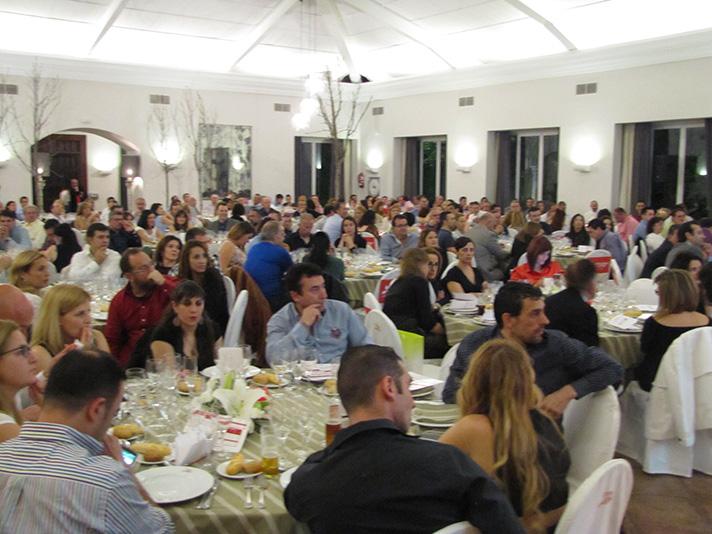 Los asistentes a la Convención de Casamayor y Mitsubishi Electric, durante la cena