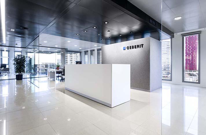 Luz , transparencia, diseño y funcionalidad son las características de las nuevas oficinas de Geberit
