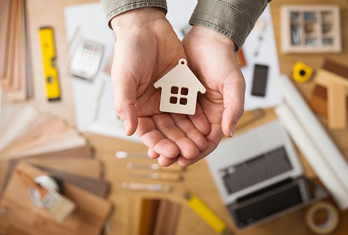 El gasto de las familias, en 2016, creció un 5,2%, hasta los 829 euros de media por hogar, según la patronal Andimac