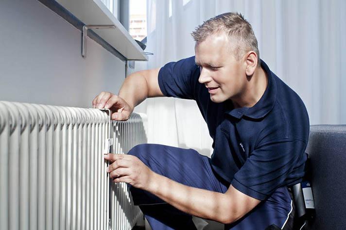 Cinco argumentos de Giacomini para instalar cabezales termostáticos y repartidores de costes