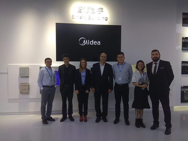 El acuerdo ha sido firmado en la sede central de Midea en China, en la localidad de Foshan