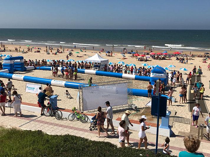 """La compañía especializada en climatización recorrerá un año más las playas españolas con el objetivo de cambiar """"Calor por deporte y diversión"""""""