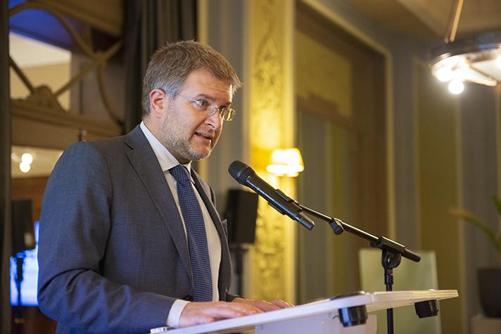Olivier Janin, Secretario general de AREA