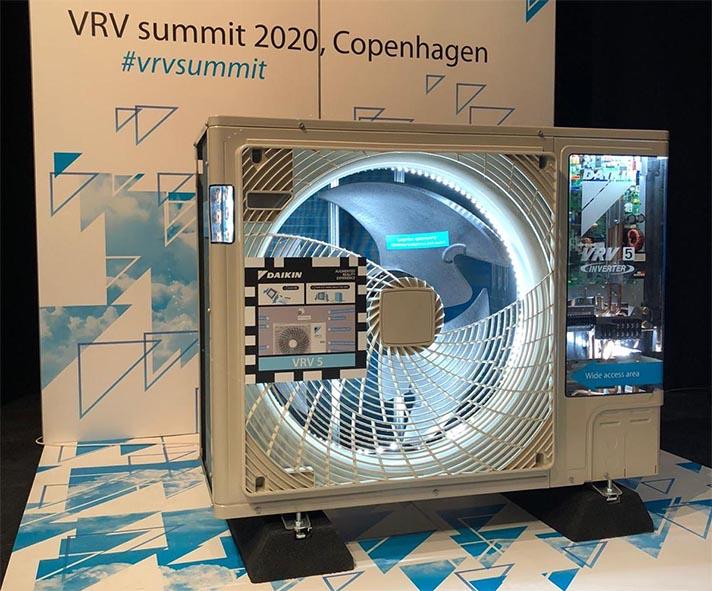 Más de 500 socios empresariales de toda Europa se reunieron en Copenhague del 5 al 7 de febrero para asistir a la conferencia sobre sistemas VRV de Daikin 2020