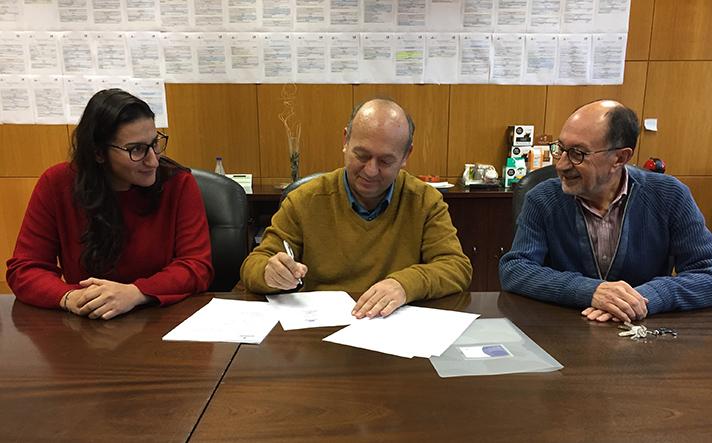 De izq a dcha, Silvia Herranz, Carlos Morón Fernández y Guillermo de Ignacio Vicens