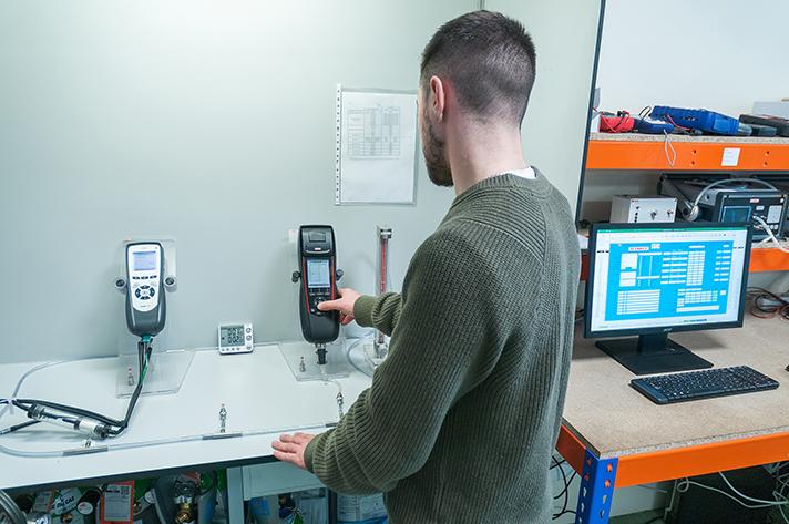 La acreditación ENAC del laboratorio de Sauermann en Barcelona garantiza su cualificación para la medición de gases