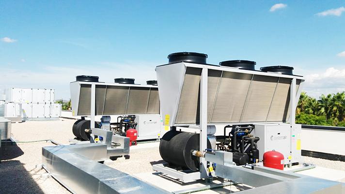 Para mejorar la calidad del clima interior de este colegio se han usado 4 unidades de tratamiento de aire del modelo DV de Systemair