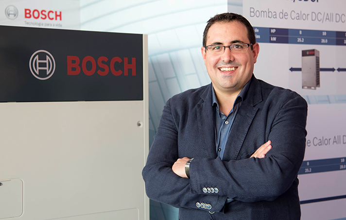 Desde septiembre, se encarga de liderar e impulsar las gamas de producto para el sector comercial e industrial en Madrid, Castilla La Mancha, Extremadura, Levante, Andalucía y Canarias