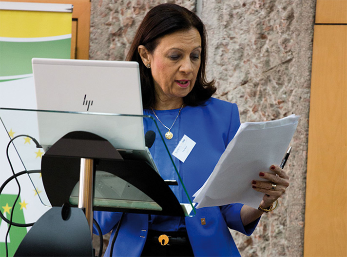 Pilar Budí, Directora General de AFEC