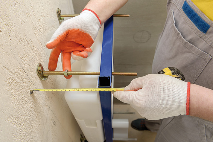 Las cisternas empotradas ofrecen muchas ventajas al ser soluciones más estéticas y más silenciosas