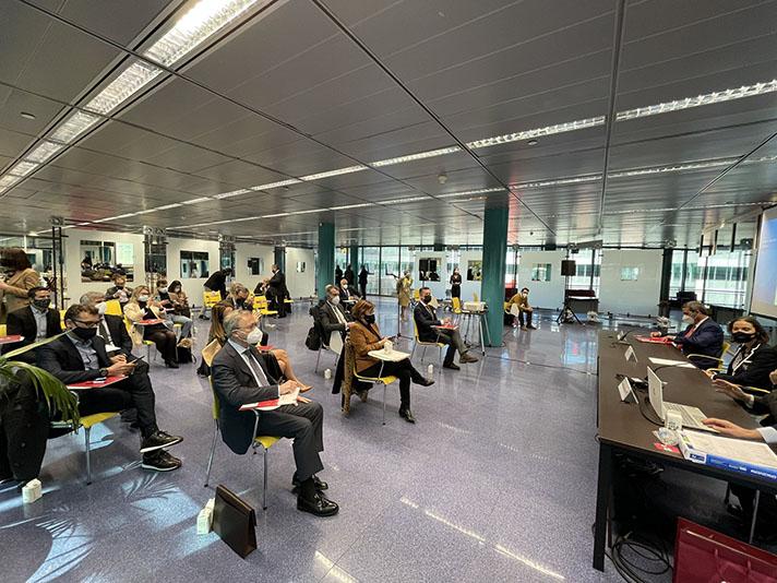 La reunión se celebró en las instalaciones de IFEMA y fue clausurada por la Ministra de Industria, Comercio y Turismo, Reyes Maroto