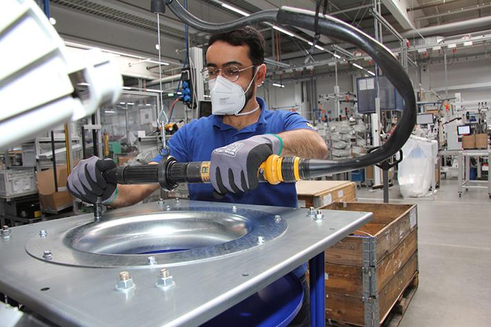 En Ziehl-Abegg, producción de un ventilador EC en la planta de Kupferzell en la fábrica de Baden-Württemberg